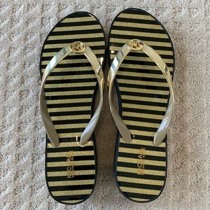 Michael Kors Bedford Flip Flop Shiny